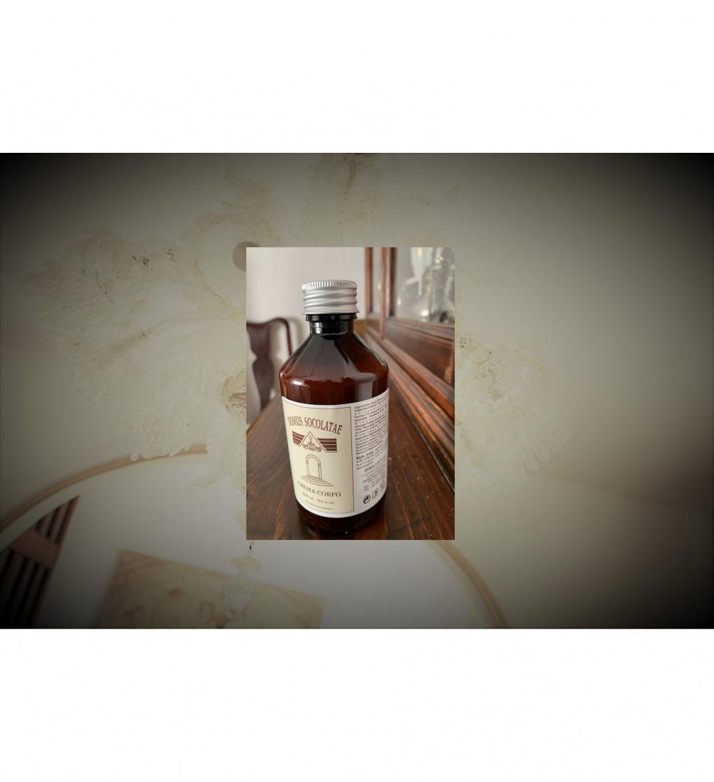 Una fragranza speciale, accompagna il tuo gesto di benessere quotidiano dopo il bagno o la doccia.