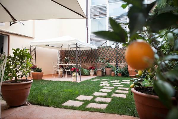 Villa con giardino per ricevimenti e matrimoni follonica