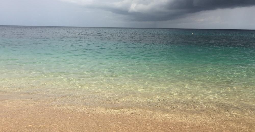Il mare nell'isola nell'isola di principe a Sao tomè e principe