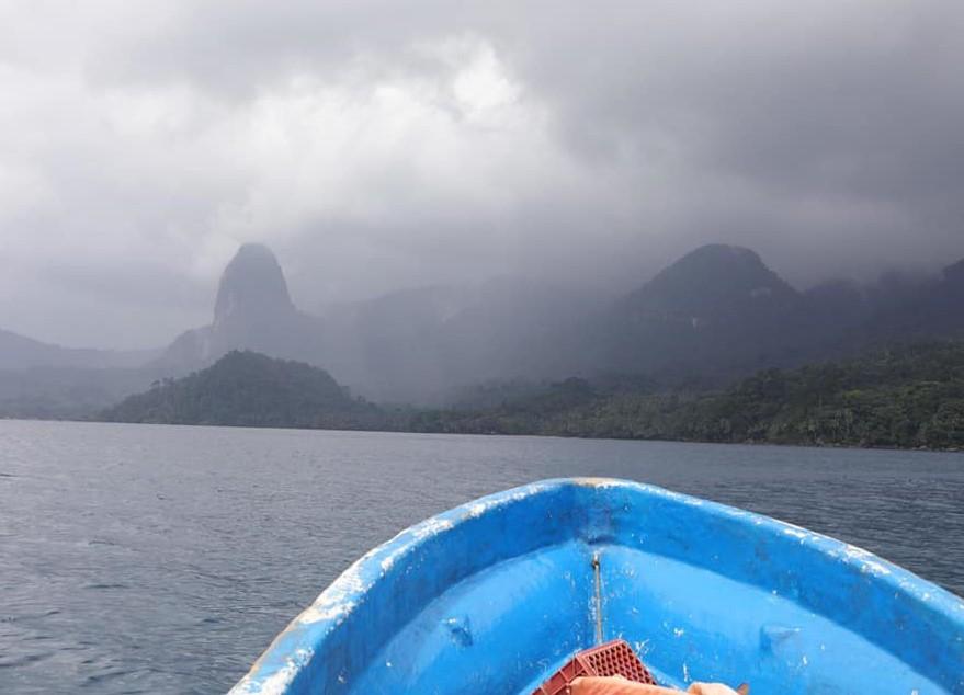 Vacanza a Santo Antonio Isola di Principe sao tomè e principe escursioni in barca
