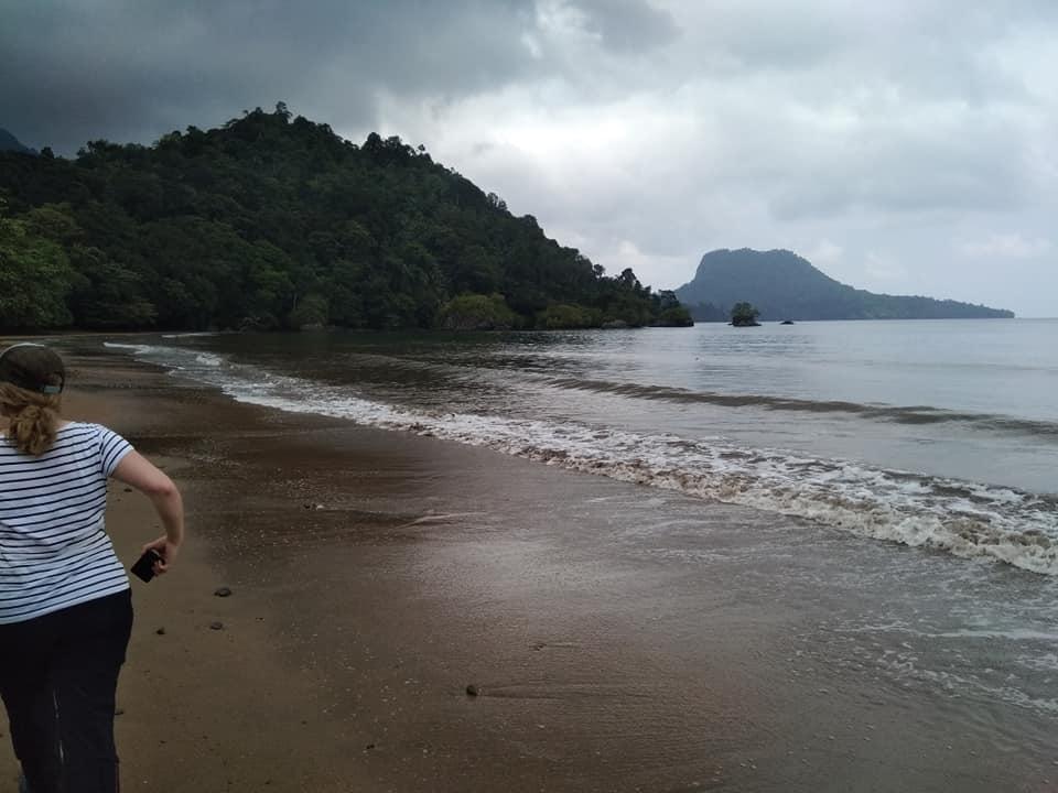 Viaggio avventura nell'isola di principe alla scoperta di spiagge dorate e semideserte