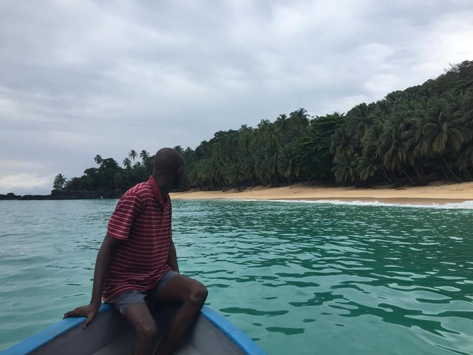 Soggiorno con escursioni in barca alla scoperta di balene e delfini nell' Isola di Principe STP